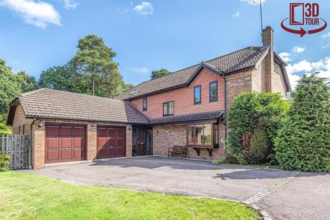 4 bedroom detached house for sale - Ashdale Park, Finchampstead, Berkshire, RG40 3QS