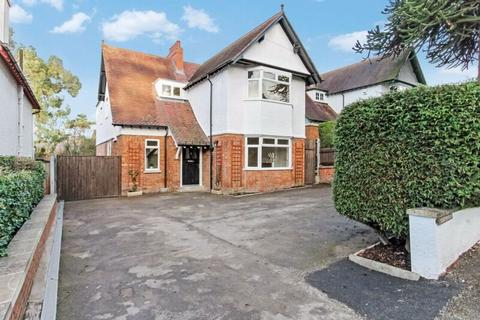4 bedroom house to rent - Harp Hill GL52 6PX