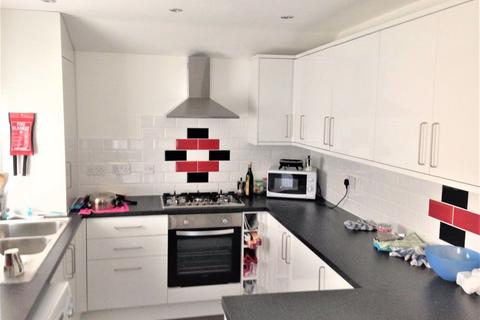 6 bedroom house share to rent - 6 Bedroom on Cawdor Road,Fallowfield