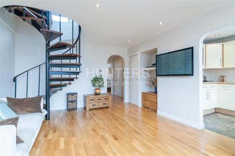 3 bedroom flat for sale - Birchington Road, London, NW6 4LL