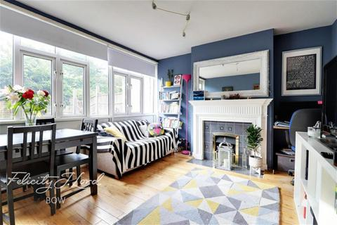 2 bedroom maisonette to rent - Corby Way, Bow, E3