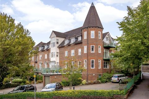 2 bedroom flat for sale - St. Nicholas Court, Lime Tree Walk, Sevenoaks, Kent