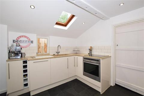 3 bedroom detached house for sale - Quality Street, Merstham, Redhill, Surrey