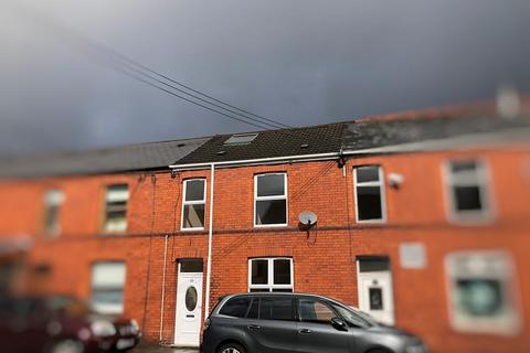 3 bedroom terraced house for sale - High Street, Glynneath, Neath, Neath Port Talbot. SA11 5BS