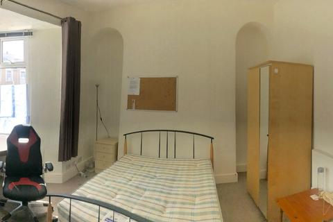 Mixed use to rent - brunswick street, swansea, west glamorgan