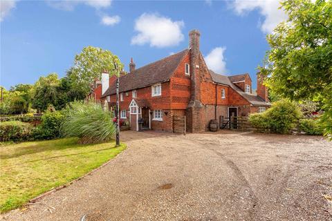 2 bedroom house for sale - Hawkwell Cottage, Maidstone Road, Pembury, Tunbridge Wells, TN2