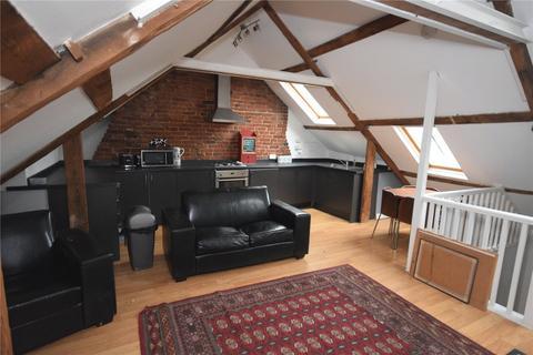 3 bedroom apartment to rent - Market Street, Alnwick, Northumberland, NE66