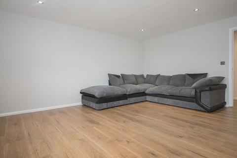 2 bedroom apartment to rent - Colt Mews, Enfield, EN3