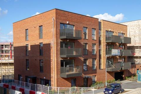 2 bedroom apartment to rent - Fowler Avenue, Trumpington, Cambridge, Cambridgeshire