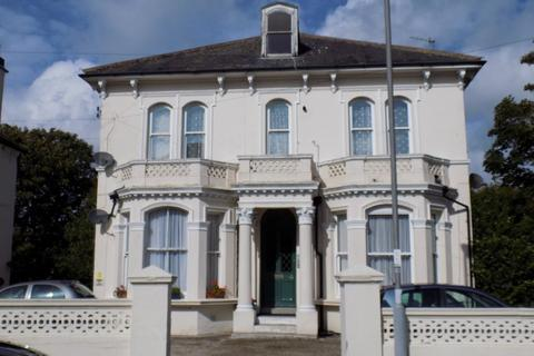 2 bedroom flat to rent - Laton Road, Hastings