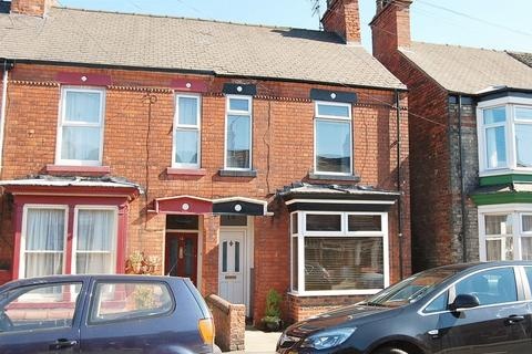 3 bedroom semi-detached house for sale - Grovehill Road, Beverley