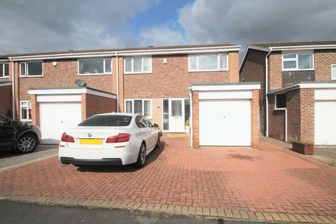 3 bedroom terraced house for sale - Hollystone Court, Billingham