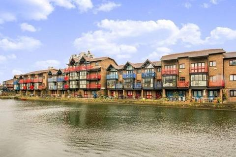 5 bedroom terraced house to rent - Lancaster Drive, Blackwall Basin, Canary Wharf, London, E14 9PT