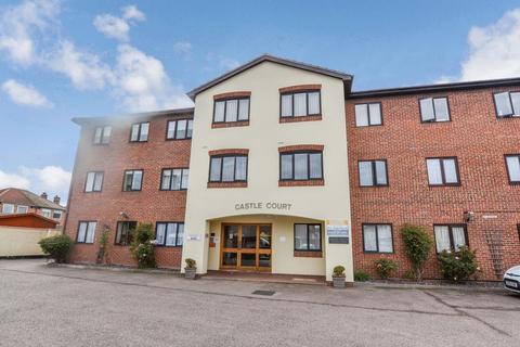 1 bedroom retirement property to rent - Castle Road, Clacton-On-Sea