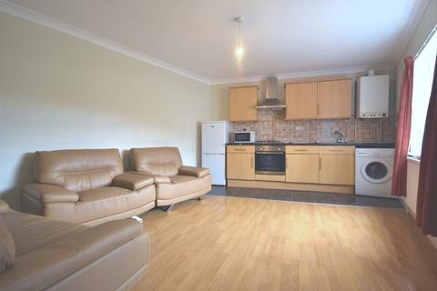 2 bedroom flat to rent - Two Bedroom, First Floor Flat to Let - Lea Bridge Road, E10 (£1,300pcm)