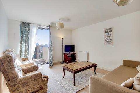 2 bedroom apartment for sale - Heron Place, London, E16