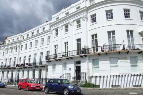 1 bedroom flat to rent - Lewes Crescent, BRIGHTON, BN2