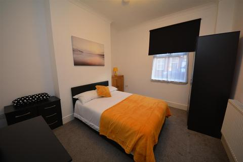 1 bedroom house share to rent - Charles Street, St. Helens, WA10 1LH