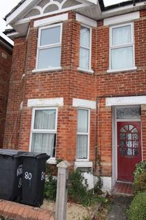 1 bedroom house to rent - LAST DOUBLE STUDENT ROOM AVAILABLE NOW - House share in Winton