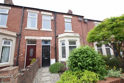 3 bedroom terraced house to rent - Princes Gardens, Monkseaton