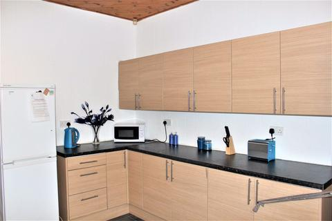 5 bedroom house share to rent - 5 Bedroom on Mabfield Road, Fallowfield