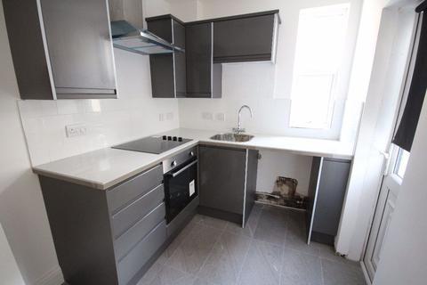 2 bedroom terraced house to rent - Sunbeam Road, L13 5XT