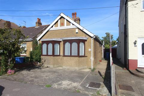 2 bedroom house for sale - Filer Road, Minster On Sea, Sheerness