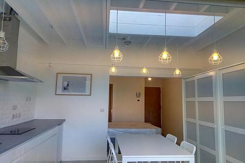 Studio to rent - MELTHORPE GARDENS, KIDBROOKE, LONDON SE3