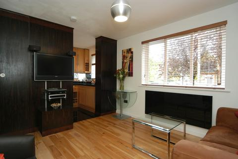 1 bedroom apartment to rent - Ringwood Gardens, Canary Wharf, London E14