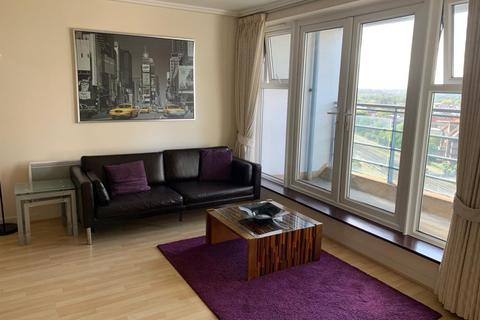 1 bedroom apartment to rent - Station Approach, Woking, GU22