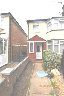 1 bedroom house share to rent - Rooms to Let in Enfield, EN1
