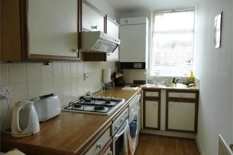2 bedroom flat to rent - Guildford Road, Frimley Green, Camberley, Surrey