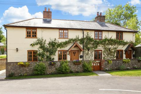 4 bedroom cottage to rent - Church Street, Bentworth