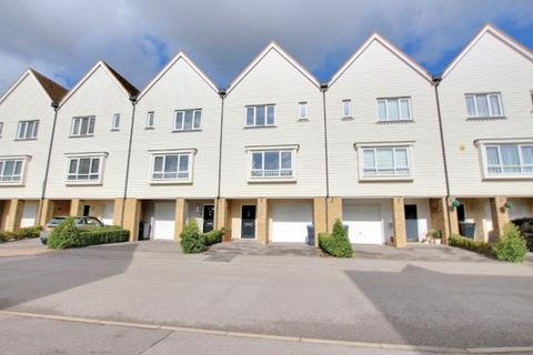 3 bedroom townhouse for sale - Barry Drive, Haywards Heath