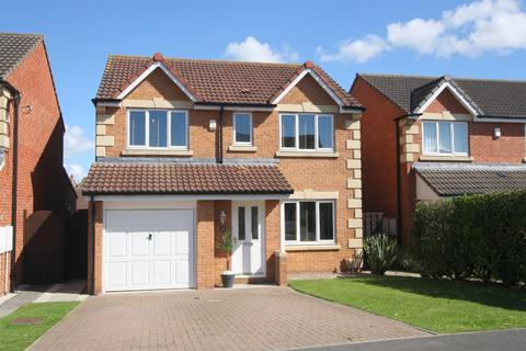 4 bedroom detached house for sale - Falmouth Drive, Darlington