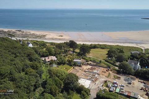 5 bedroom property with land for sale - Emmanuel Court, Horton