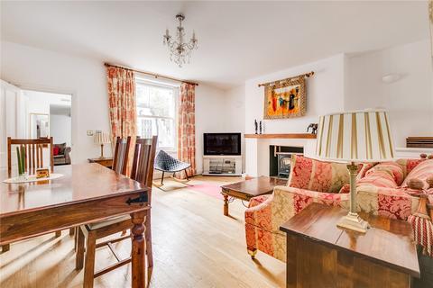 2 bedroom flat for sale - Leamington Road Villas, London