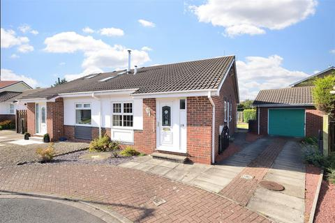 2 bedroom semi-detached house for sale - White Rose Way, Thirsk, YO7 1JZ