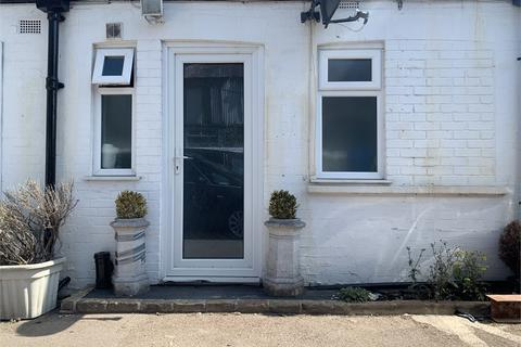 Office to rent - Station Road, South Norwood, London, SE25 5AH