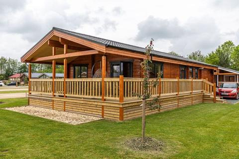 2 bedroom lodge for sale - Frisby Lakes Lodge Park, Leicestershire