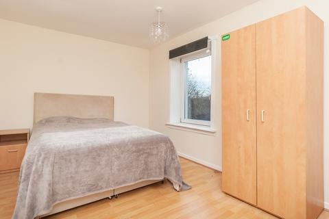 5 bedroom flat share to rent - Dumbiedykes Road, Edinburgh EH8