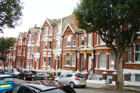 5 bedroom terraced house to rent - St. James's Avenue, Brighton BN2 1QD