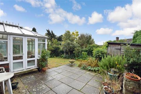 4 bedroom detached house for sale - Chattenden Court, Penenden Heath, Maidstone, Kent