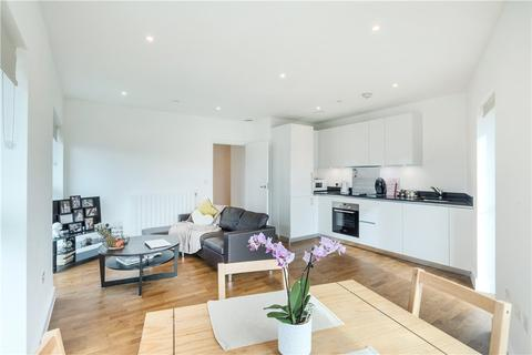 1 bedroom flat for sale - Duncombe House, 15 Victory Parade, London, SE18