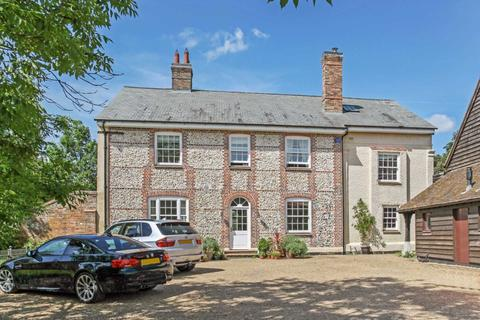 6 bedroom detached house to rent - Wick Lane, Tring