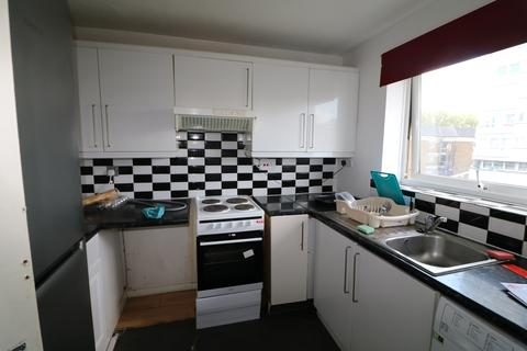 3 bedroom flat to rent - Meads Court, 38 Carnarvon Road, Stratford E15
