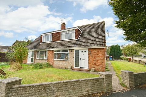 3 bedroom bungalow for sale - Stanbury Road, Hull, East Yorkshire, HU6