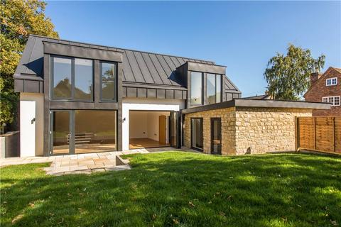 4 bedroom detached house for sale - The Square, Long Crendon, Aylesbury, HP18