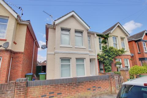 3 bedroom semi-detached house for sale - Canada Road, Woolston