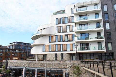 3 bedroom apartment to rent - Invicta, Millennium Promenade, Bristol